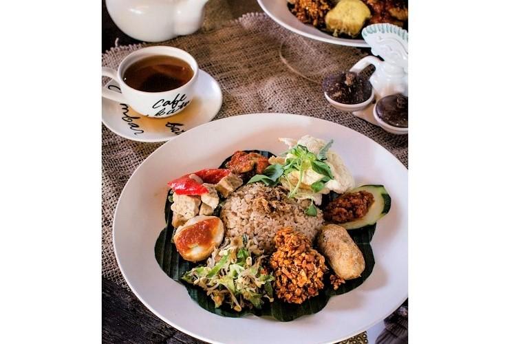 Cafe Batu JImbar 3
