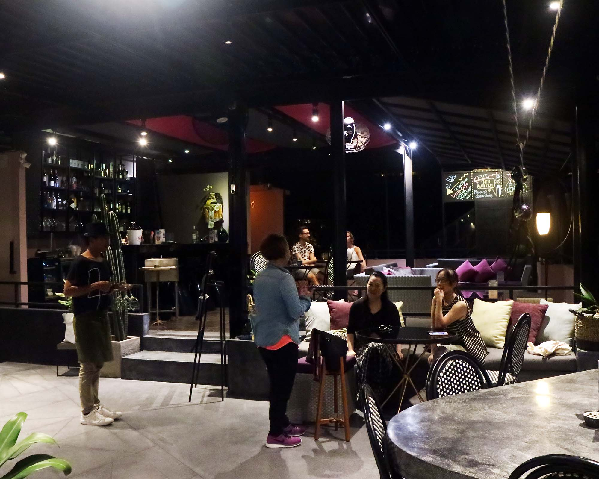 Modern Balinese Cafe bsideの画像7